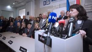 Lustig prvi potpisao peticiju  Stop političkim hapšenjima u znak potpore gradonačelniku Bandiću