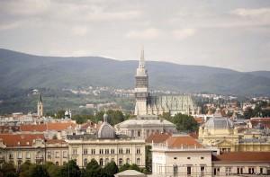 VIDEO: Zagrebe sretan ti rođendan!