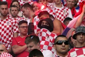 KAMENA NAKLAPANJA: Na stadionu u Saint Etiennu nije bio huliganizma, već se dogodio terorizam!!