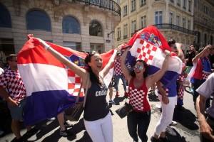 Na Cvijetnom trgu druženje za navijače koji putuju na Svjetsko prvenstvo u Rusiju