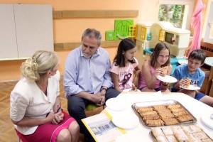 MILAN BANDIĆ: Podizanje kvalitete boravka u dječjim vrtićima i osnovnim školama, naš je cilj