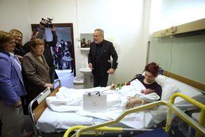 Zagrabački gradonačelnik posjetio rodilje i bebe u KB Sveti Duh