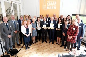 """Udruženje """"Europski pivari""""  potpisalo je Memorandum o razumijevanju o označavanju sastojaka i energetskih vrijednosti na alkoholnim pićima"""