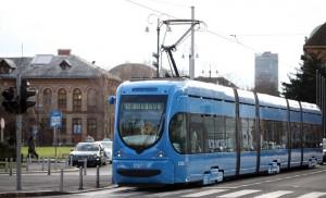 ZET: Tramvaji i autobusi zaustavljeni u 12 sati na pet minuta