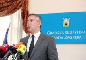 PRIOPĆENJE: Skupština nije naručila nikakvo vozilo za Darinka Kosora