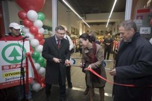 Bandić  na otvaranju SPAR –a u Hrvatskoj pošti