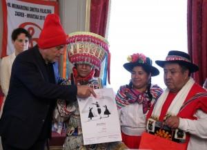 Gradonačelnik Bandić primio sudionike Međunarodne smotre folklora