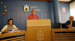 Bandić: Zbog predizborne kampanje rebalans neće proći, ali djeca će dobiti udžbenike
