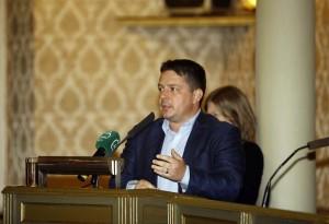 TOMISLAV STOJAK: Gradska uprava godinama ne odgovara na upite građana
