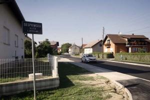 Stanovnici Desprimske, napokon dobili asfaltiranu ulicu