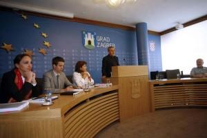 Bandić: Do kraja godine snizit ćemo cijene dvije do tri komunalne usluge
