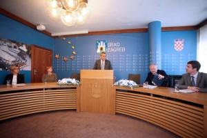 """Bandić """"umjereni optimist"""" da će gradski zastupnici usvojiti proračun"""