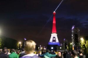 EURO 2016: Obojimo Eiffelov toranj u kockice