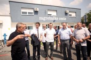 Zagrebačke ceste donirale vozilo i tri stroja daruvarskoj tvrtki Darkom d.o.o