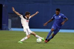 Dinamo prekombiniranom igrom umalo izgubio od Slaven Belupa