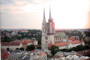 """Projekt """"Okolo"""": Umjetnost na neočekivanim mjestima u središtu Zagreba"""