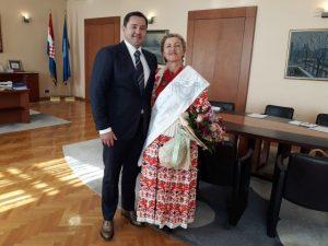 Najuzornija seoska žena za 2017. Renata Bedeković, kod predsjednik Gradske skupštine Andrije Mikulića