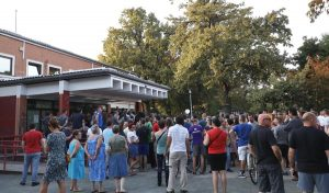 Ministarstvo znanosti i obrazovanja školi u Vukomercu stavilo na raspolaganje tim za krizne situacije