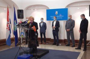 Oporba: Bandićeva reakcija na potres na Baniji je zakašnjela i nesolidarna